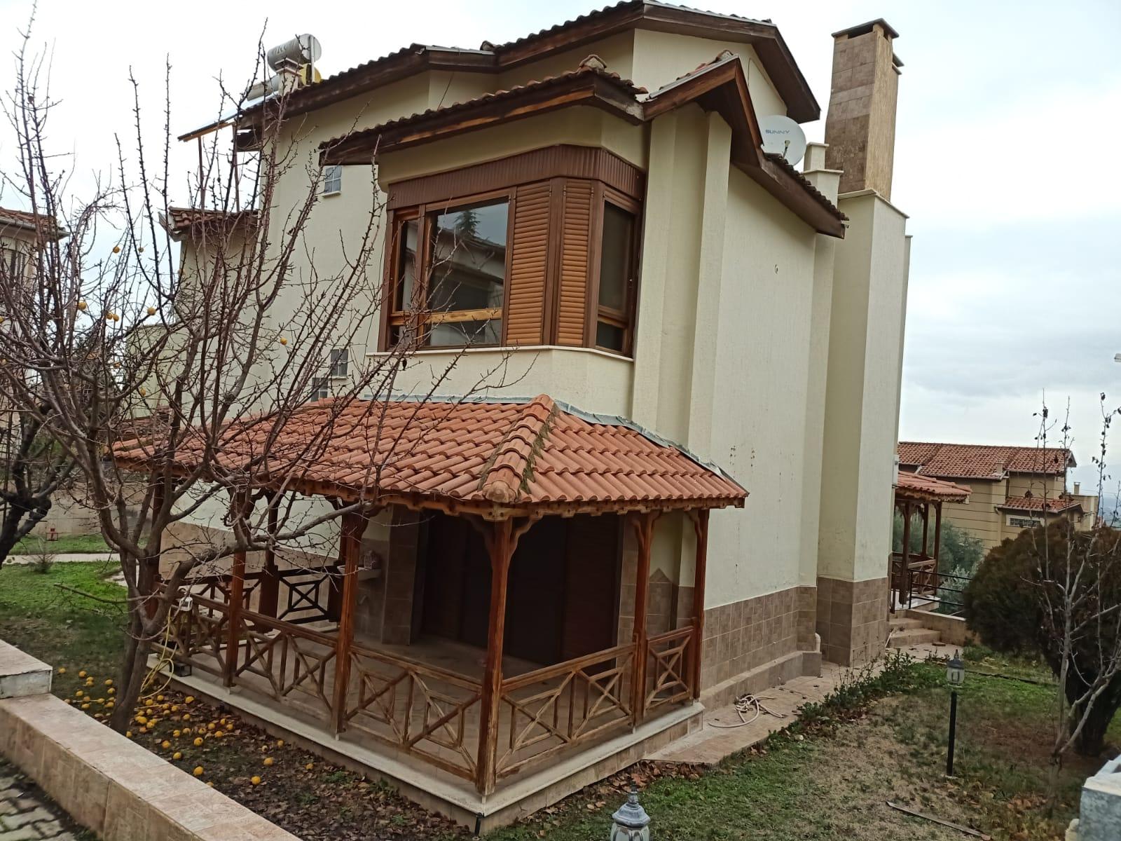 Gülnarda Triplex Villa